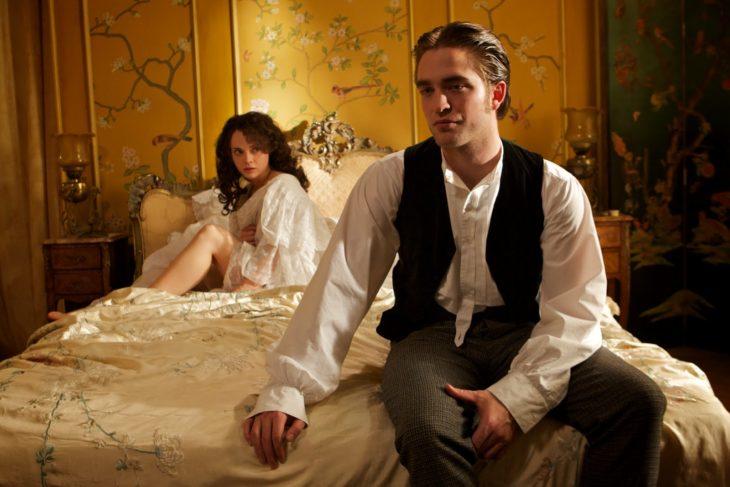 """""""Bel Ami – O Sedutor"""" e o esforço de Robert Pattison em ser bonito"""